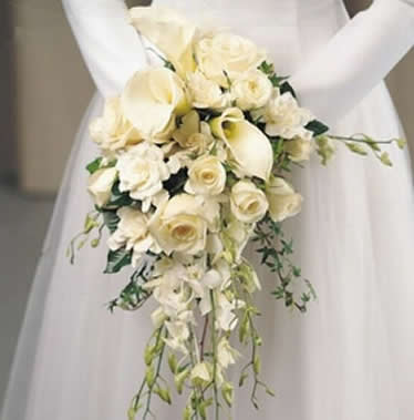 Brides flowers gretna 39 s only flower shop the gretna - Ramos de flores naturales fotos ...